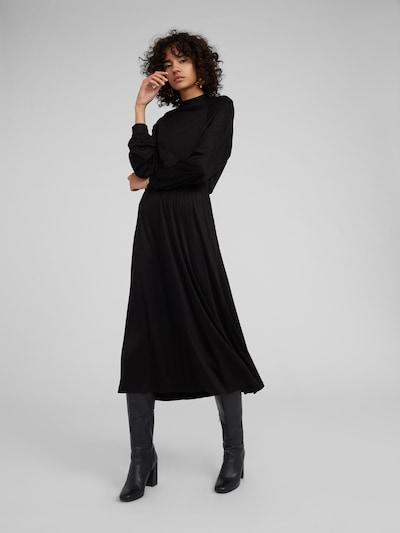 Suknelė 'Tiare' iš EDITED , spalva - juoda, Modelio vaizdas