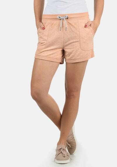 DESIRES Sweatshorts 'Bente' in apricot, Modelansicht