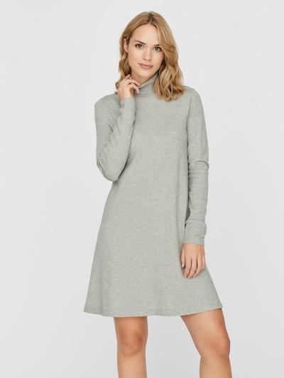 VERO MODA Gebreide jurk 'HAPPY' in de kleur Grijs gemêleerd, Modelweergave