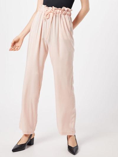 NA-KD Pantalon en rose, Vue avec modèle