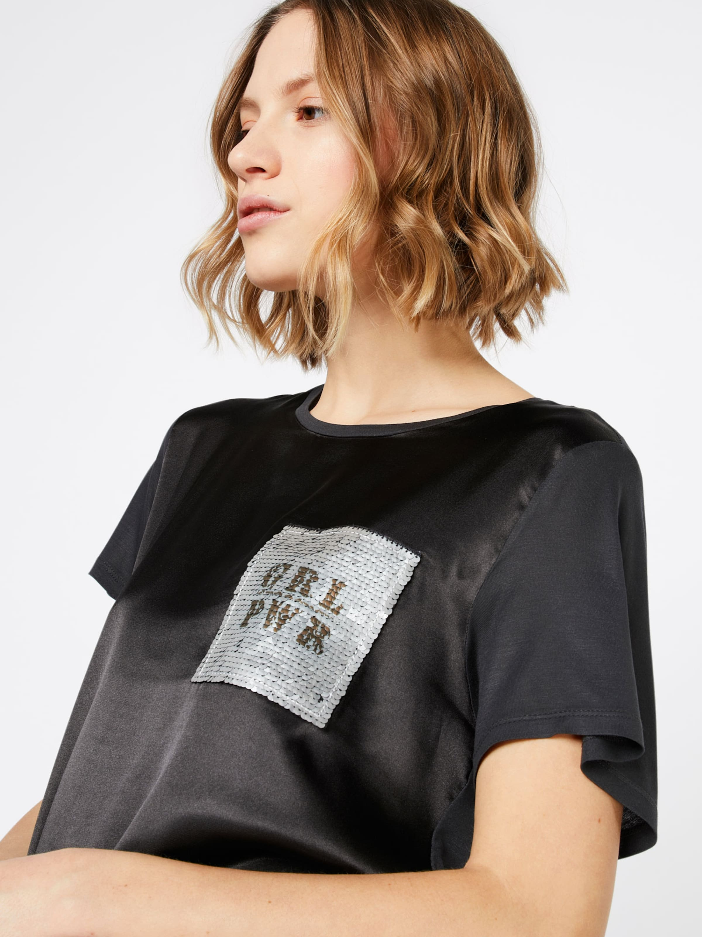 ONLY T-Shirt 'SALLY' Shop Online-Verkauf Bekommt Einen Rabatt Zu Kaufen Kaufen Sie Ihre Lieblings Neue Stile Online TfGmANJsyl