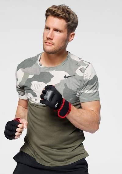 NIKE T-Shirt in oliv: Frontalansicht