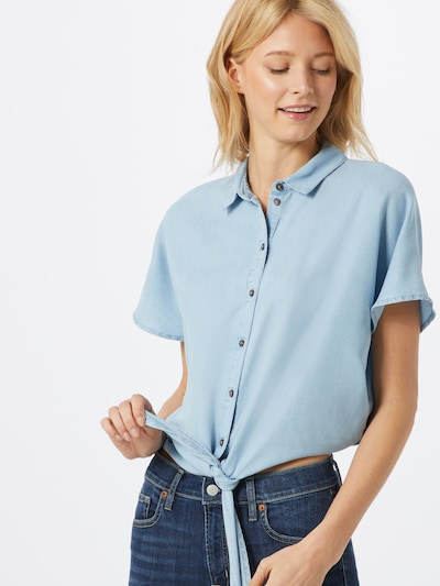 Noisy may Bluse 'GARY' in hellblau, Modelansicht