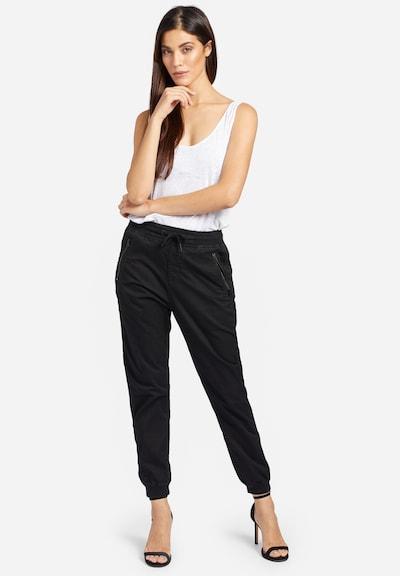 khujo Hose 'Nathalia' in schwarz, Modelansicht