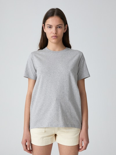 EDITED T-Shirt 'Enid' in grau, Modelansicht