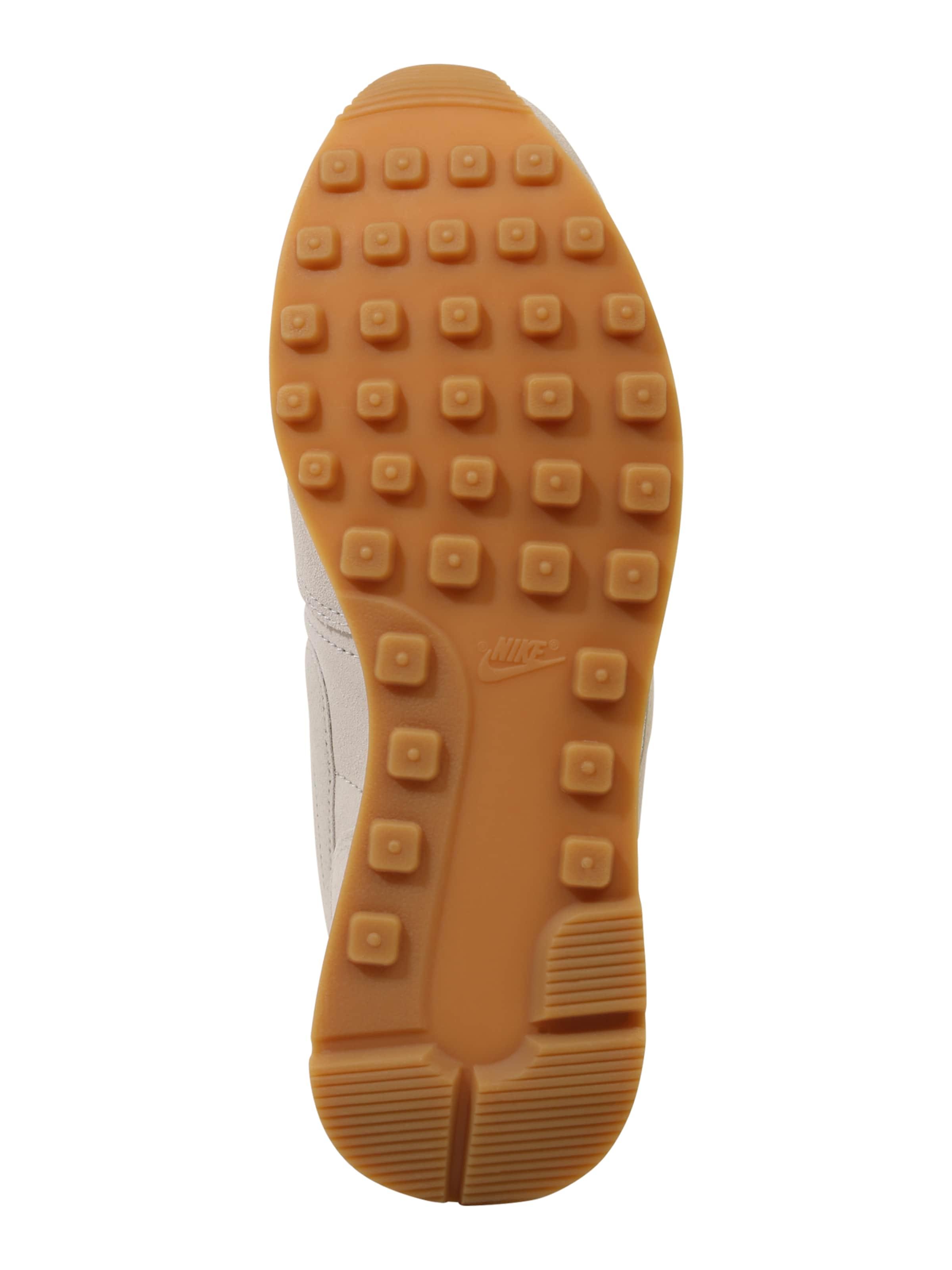 Baskets Basses 'internationalist' Sportswear En Beige Nike tshrdQ