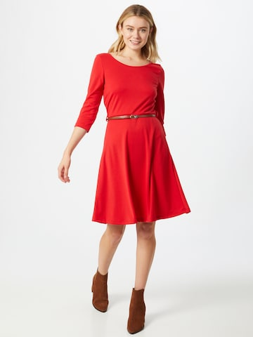 VERO MODA Šaty - Červená