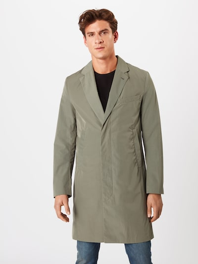 Palton de primăvară-toamnă 'M. Ross Spring Coat' Filippa K pe oliv, Vizualizare model