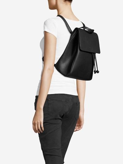 ABOUT YOU Rucksack 'Jolina' in schwarz, Modelansicht