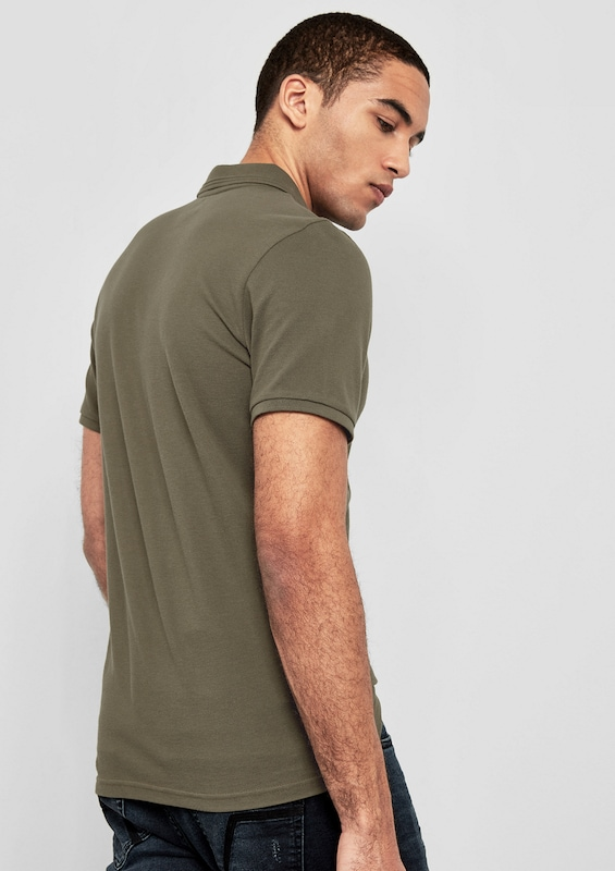 Q/S designed by Poloshirt