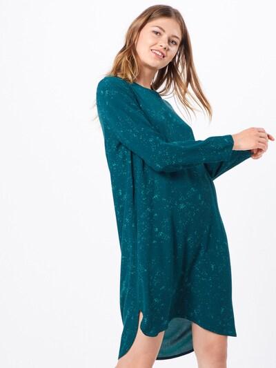 basic apparel Kleid 'Nicola' in grün, Modelansicht