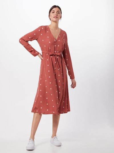 minimum Kleid in pastellrot, Modelansicht