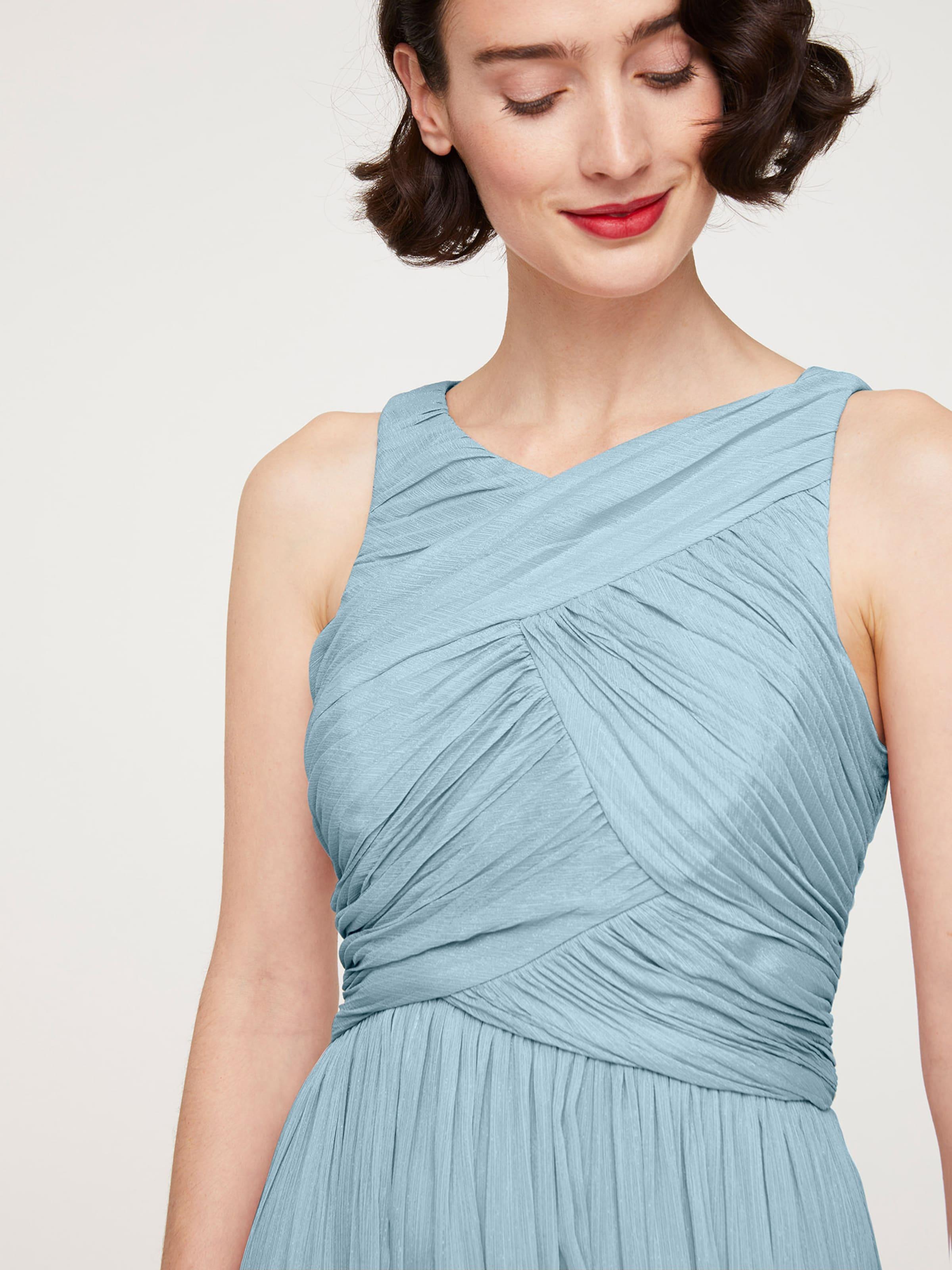 heine Estélyi ruhák világoskék színben