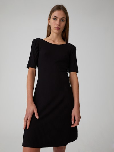 EDITED Kleid 'Leany' in schwarz, Modelansicht