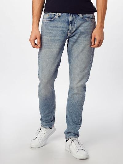 Calvin Klein Jeans Jean 'CKJ 058 SLIM TAPER' en bleu denim, Vue avec modèle
