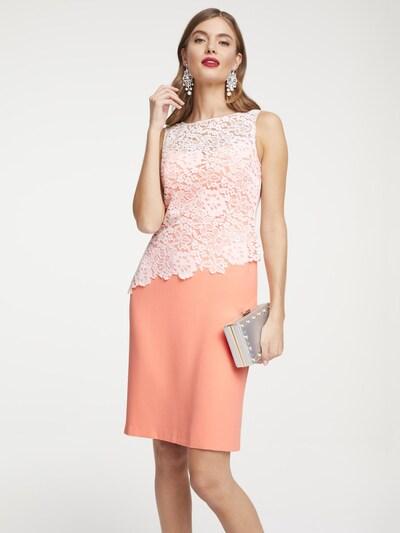 heine Kleid in pfirsich, Modelansicht