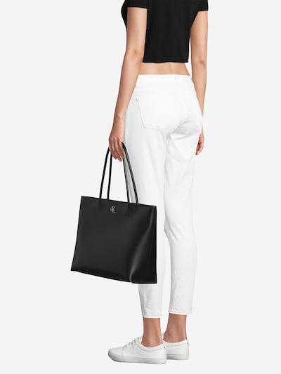 Calvin Klein Jeans Nákupní taška ' MONO HARDWARE' - černá: Pohled zepředu