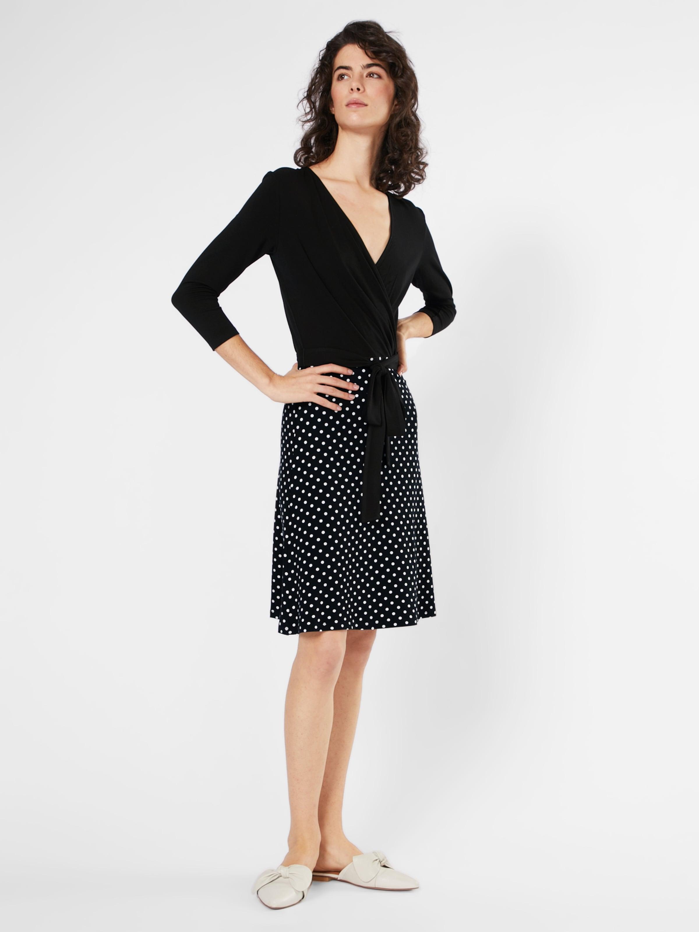 Billig Verkauf Visum Zahlung ABOUT YOU Kleid in Wickeloptik 'Linnea' Gefälschte Online Billig Verkaufen Niedrigsten Preis Einen Günstigen Preis 73rEXpzKnH