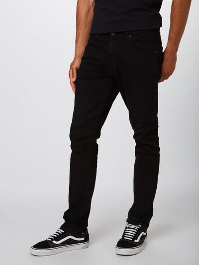 Džinsai 'Larston' iš WRANGLER , spalva - juodo džinso spalva, Modelio vaizdas