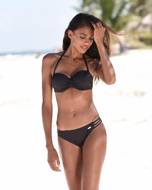 BENCH Bikini-Top 'Perfect' in schwarz, Modelansicht