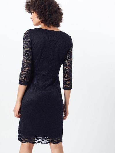 Trumpa kokteilinė suknelė 'VMSTELLA 3/4 LACE ABK DRESS COLOR' iš VERO MODA , spalva - juoda: Vaizdas iš galinės pusės