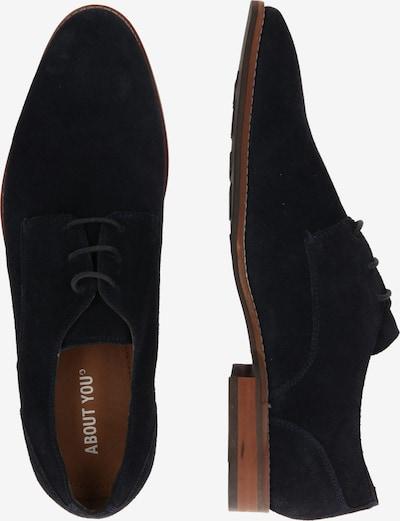 ABOUT YOU Chaussure à lacets 'Kalle' en bleu marine: Vue de profil