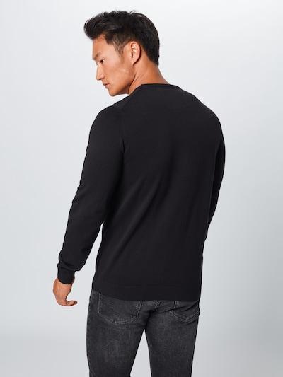 Megztinis iš s.Oliver , spalva - juoda: Vaizdas iš galinės pusės
