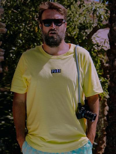 ABOUT YOU X PARI T-Shirt 'Ben' in gelb / schwarz / weiß: Frontalansicht