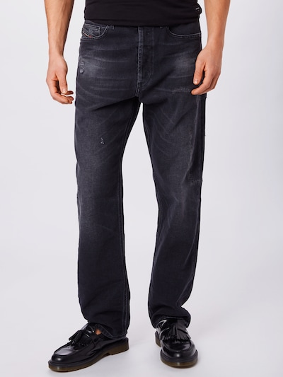 DIESEL Jeans 'MACS' in black denim, Modelansicht