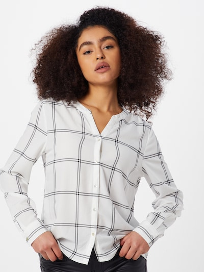 ONLY Bluse 'SUGAR FALLOW SHIRT' in weiß, Modelansicht