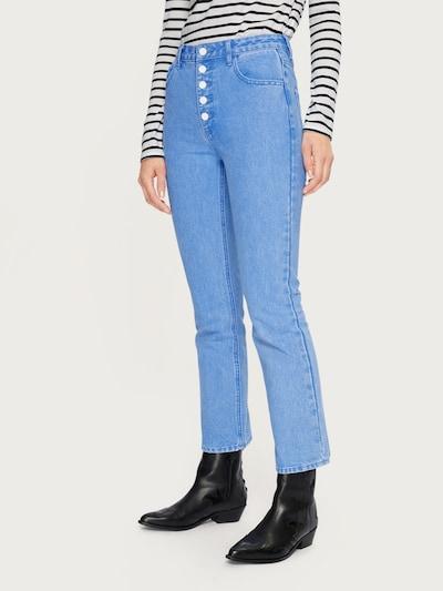EDITED Flared Jeans 'Maja' in blue denim: Frontalansicht