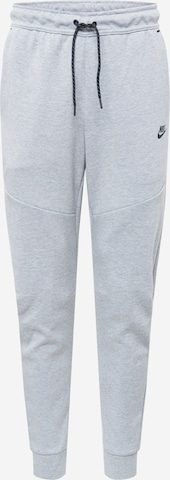 Nike Sportswear Hose in Grau