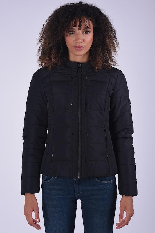 Kaporal Jacke Gisel schwarz mit leichter Wattierung in schwarz  Markenkleidung für Männer und Frauen