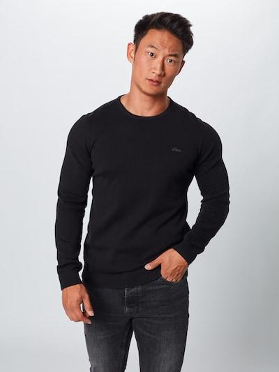 Megztinis iš s.Oliver , spalva - juoda: Vaizdas iš priekio