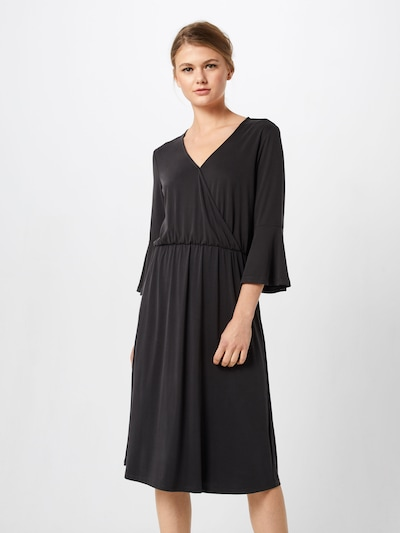 JUST FEMALE Kleid in schwarz, Modelansicht