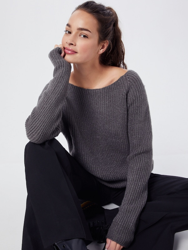 PIECES Pullover & Strickjacken 'PCIVORY LS LACE KNIT' in graumeliert, Modelansicht