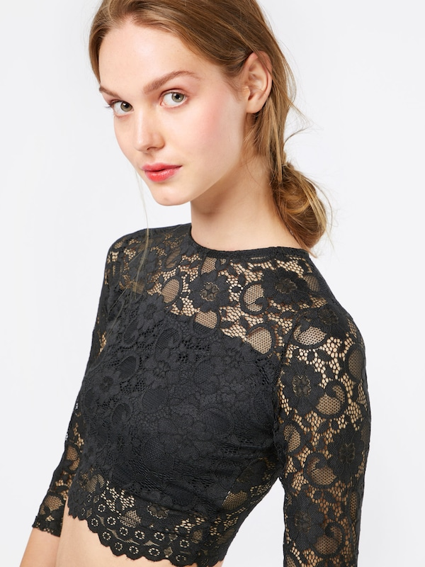 Boohoo Crop Top 'ALL OVER LACE CROP'