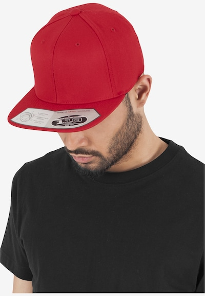 Flexfit Snapback  '110 Fitted' in rot: Frontalansicht