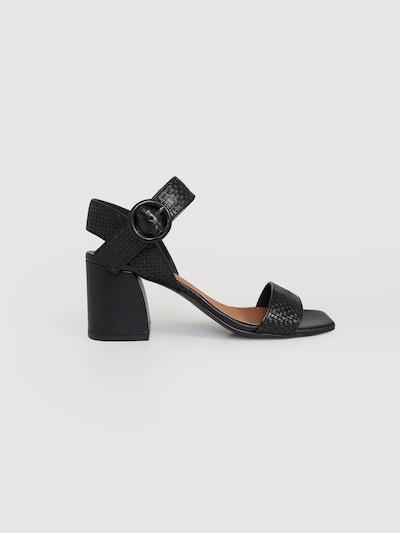 EDITED Páskové sandály 'Indra' - černá: Pohled zepředu