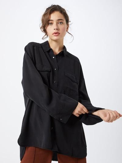 Farina Opoku Blouse 'Malou' in de kleur Zwart, Modelweergave