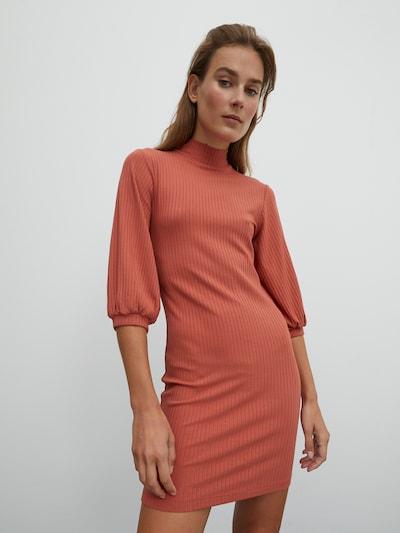 EDITED Kleid 'Danika' in rostrot, Modelansicht