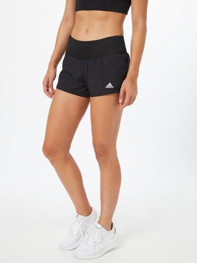 ADIDAS PERFORMANCE Laufshorts 'RUN IT' in schwarz / weiß, Modelansicht
