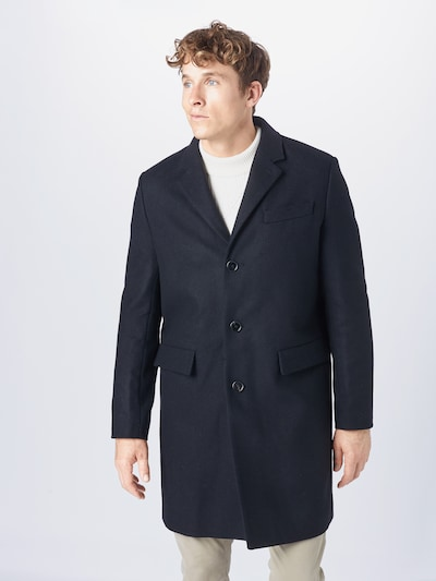 Filippa K Mantel in schwarz, Modelansicht