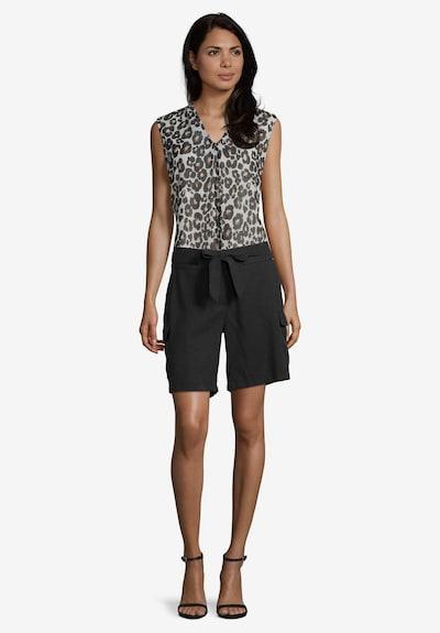 Betty & Co Shorts mit Bindegürtel in schwarz: Frontalansicht