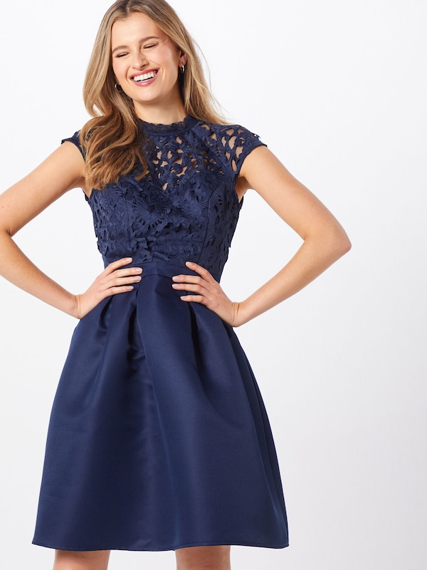 Chi Chi London Cocktailjurk 'TULA' in de kleur Navy, Modelweergave