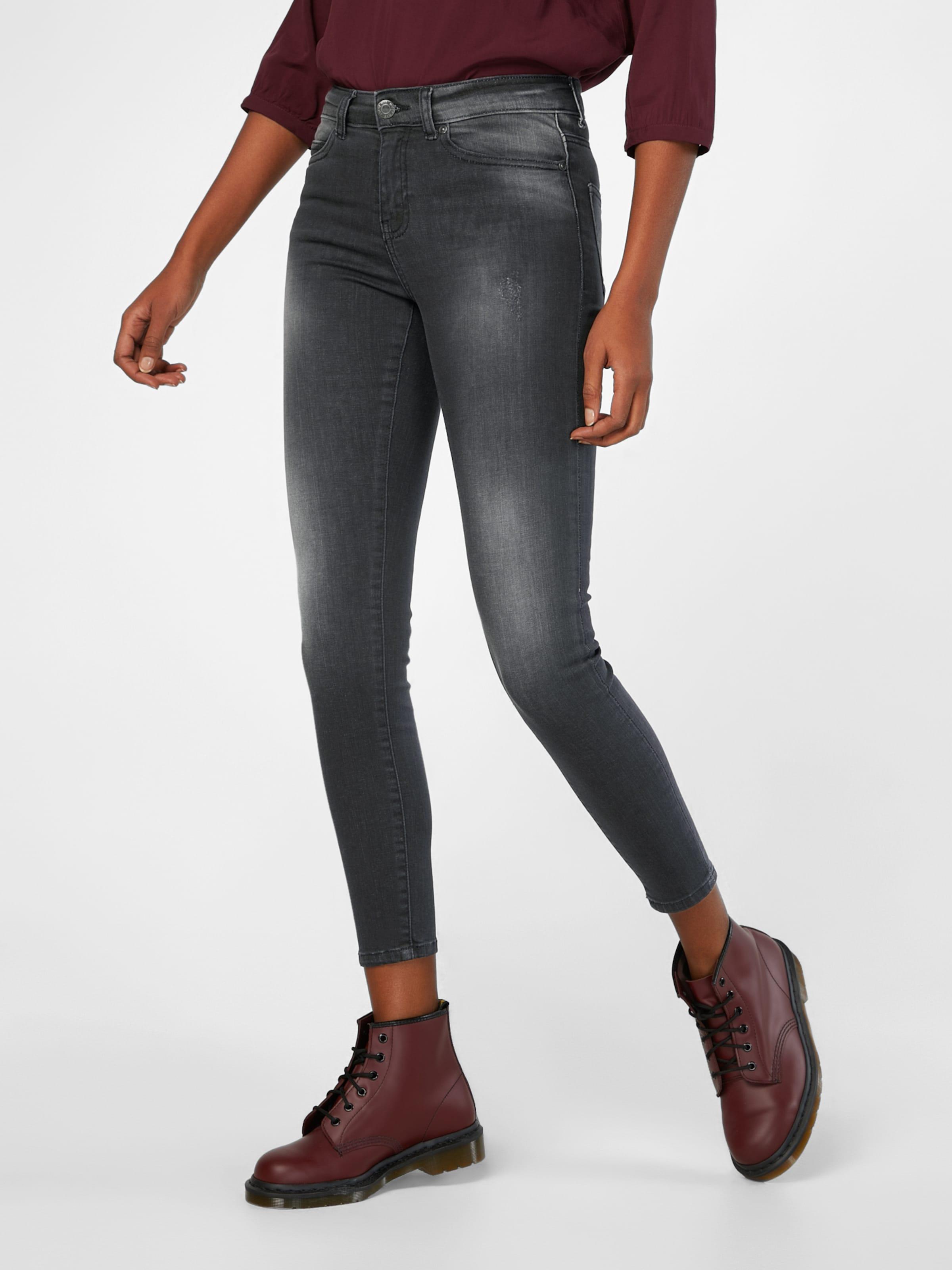 Noisy may Skinny Jeans Spielraum Neuesten Kollektionen Billig Verkauf Für Schön Hyper Online StSn7NE
