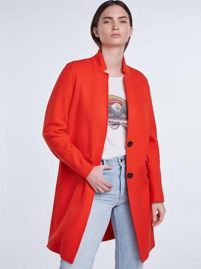 Rudeninis-žieminis paltas iš SET , spalva - šviesiai raudona, Modelio vaizdas