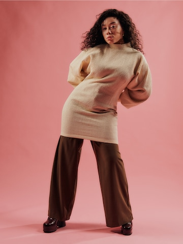 Knitted Beige Look