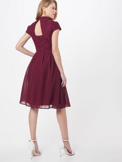 Chi Chi London Sukienka koktajlowa 'LINA' w kolorze burgundm: Widok od tyłu