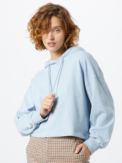 NU-IN Hoodie in blau, Modelansicht